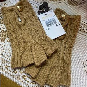 ✨✨Michael Kors Gloves